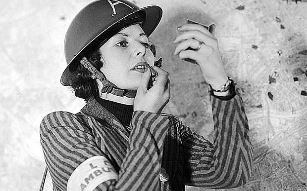 Penjualan Liipstick di Era Perang Dunia