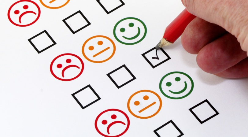 Ilustrasi Survei Kepuasan Pelanggan di Storania.com